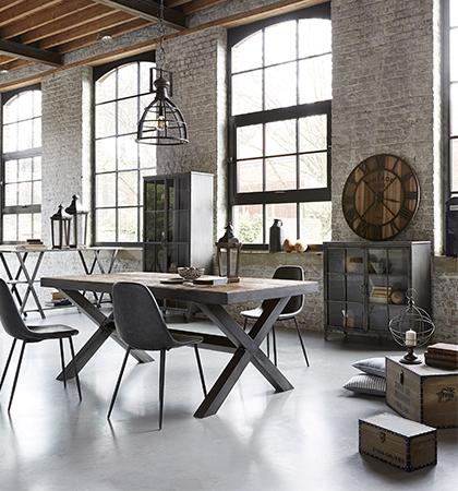 Mobilier votre table de salle manger design prix tout doux - Deco salle a manger industrielle ...